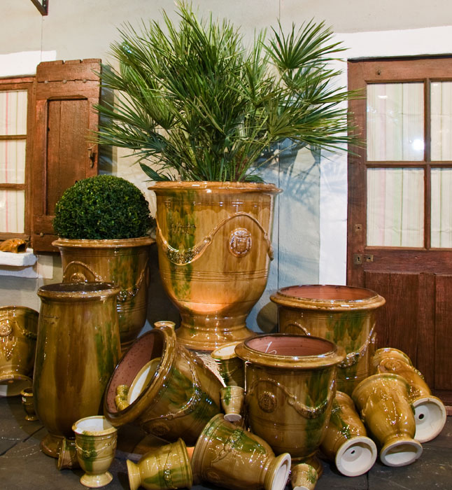 1000 images about anduze pots on pinterest pots vases and green. Black Bedroom Furniture Sets. Home Design Ideas