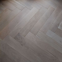 Solid Herringbone Natural Finish