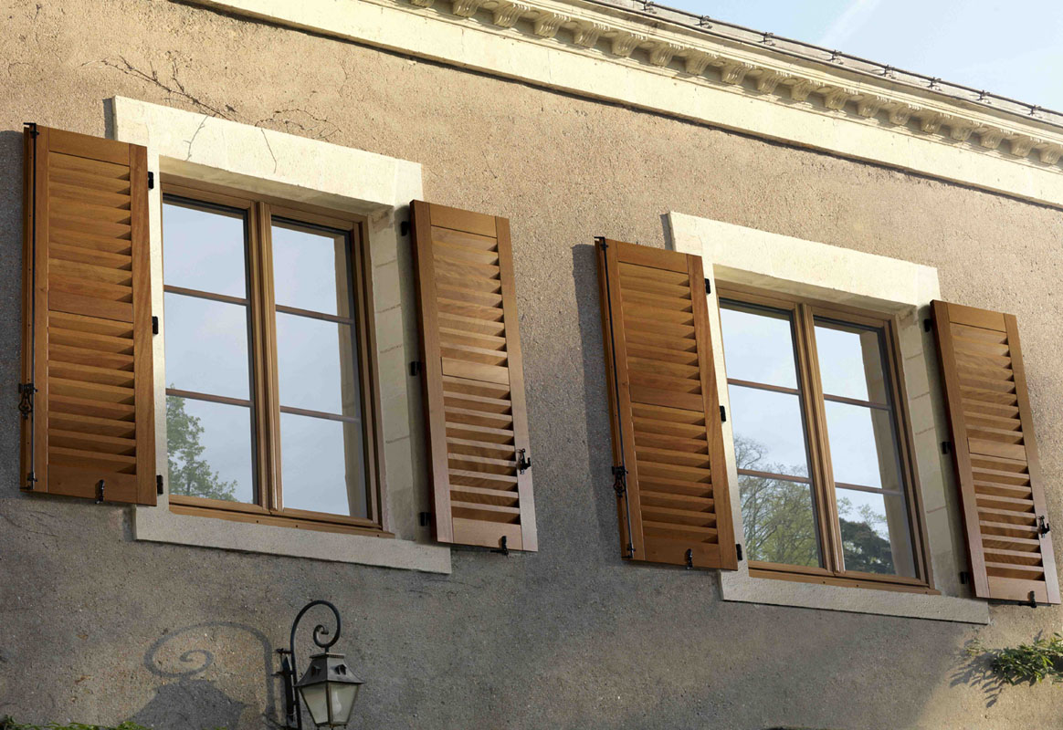 Double glazed timber windows casements french doors for Volet porte fenetre bois lapeyre